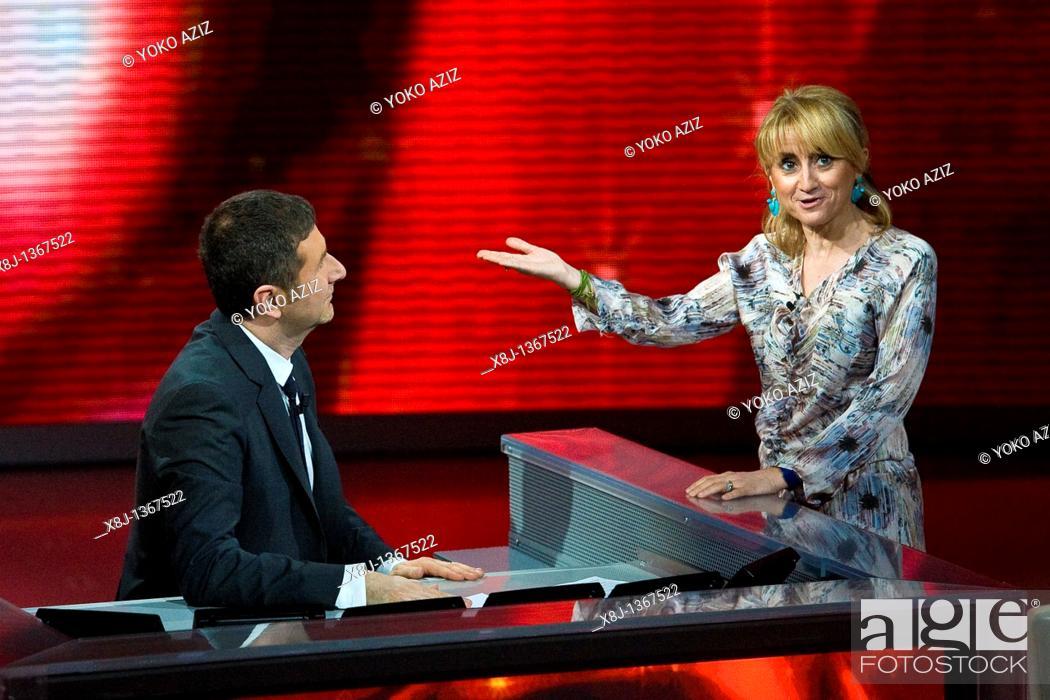 Imagen: 06 03 2011, Milan  'Che tempo che fa' telecast RAI3  Fabio Fazio and Luciana Littizzetto.