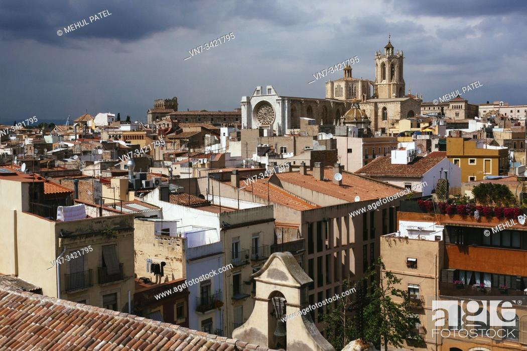 Stock Photo: Rooftop view over the old town of Tarragona with Tarragona Cathedral rising above, Catalonia, Spain, Europe.