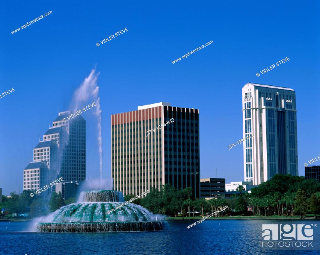 Imagen: America, Buildings, City, Eola, Florida, Fountain, Holiday, Lake, Lake eola, Landmark, Orlando, Skyline, Skyscrapers, Tourism, T.