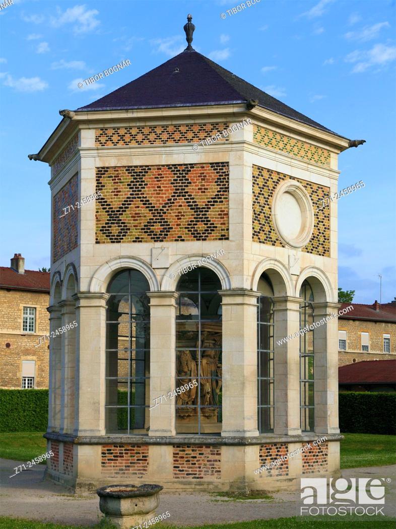 Imagen: France, Bourgogne, Dijon, Puits de Moïse.