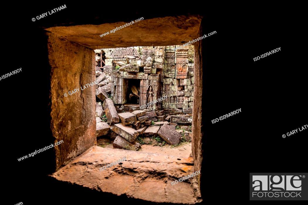 Stock Photo: Ta Prohm Temple ruins at Angkor Wat, Siem Reap, Cambodia.