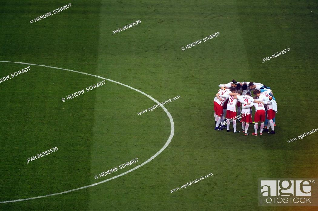 Leipzig S Starting 11 In A Huddle At The German Bundesliga Football Match Between Rb Leipzig And Stock Photo Picture And Rights Managed Image Pic Pah 86582570 Agefotostock