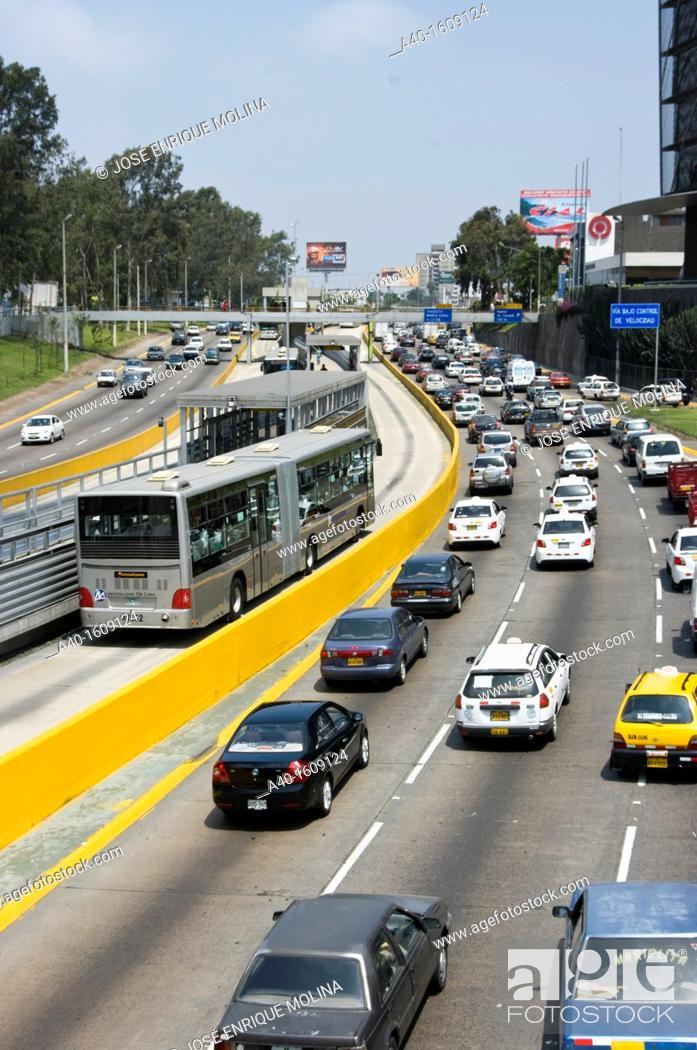 Stock Photo: Perú. Lima city. San Isidro. Financial district. Expressway. New Metropolitan transport.