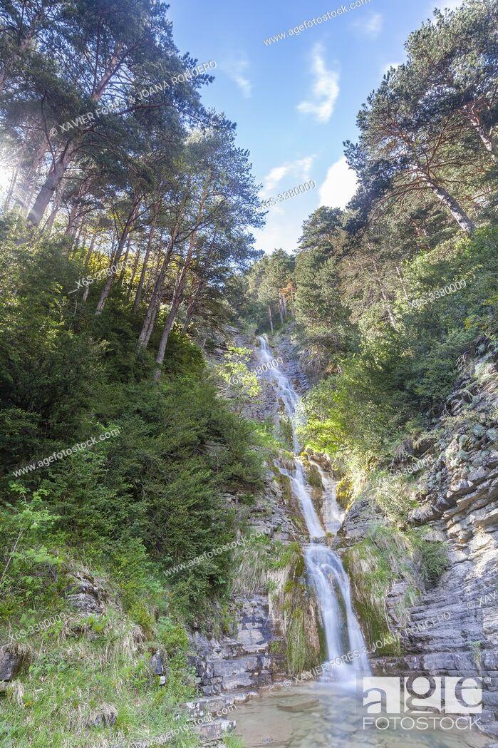 Imagen: Sibiscal waterfall, Aisa Valley in La Jacetania, Huesca, Spain.