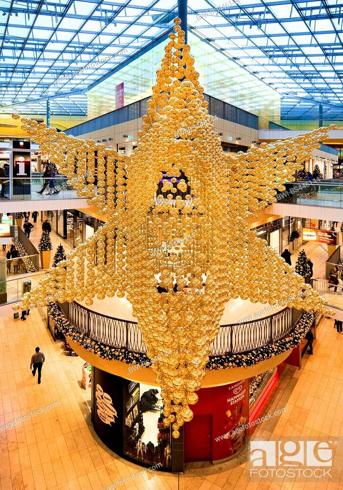 Imagen: shopping centre Thier-Galerie with christmas decoration, Germany, North Rhine-Westphalia, Ruhr Area, Dortmund.