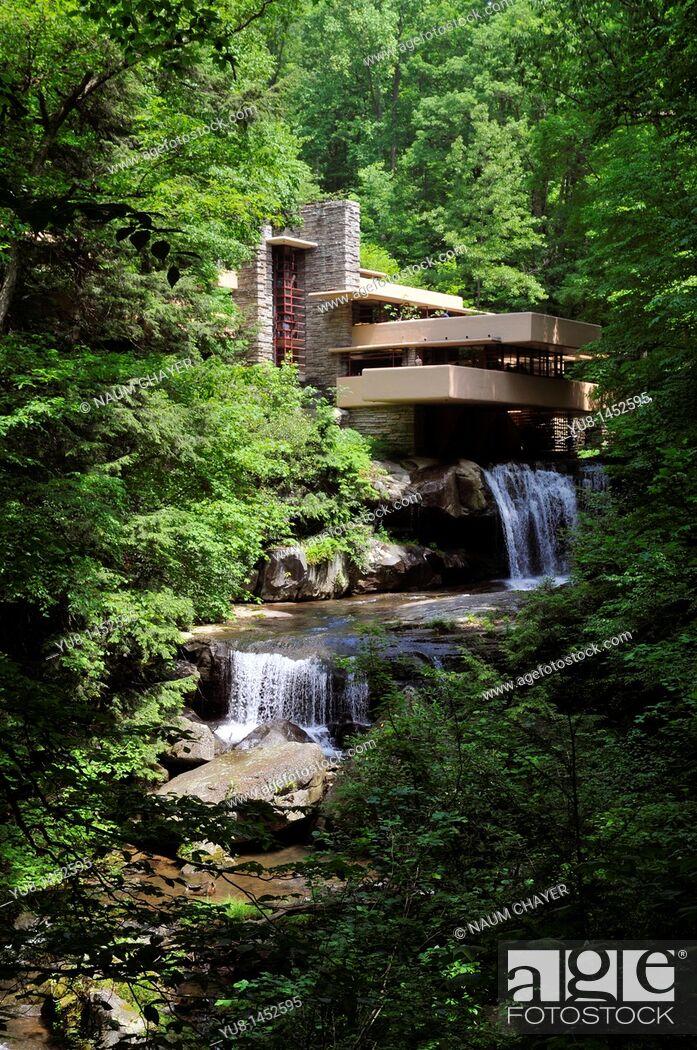 Stock Photo: House on the water, Fallingwater, Pennsylvania, USA.