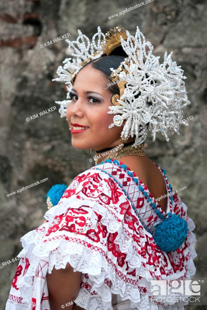 women from panama