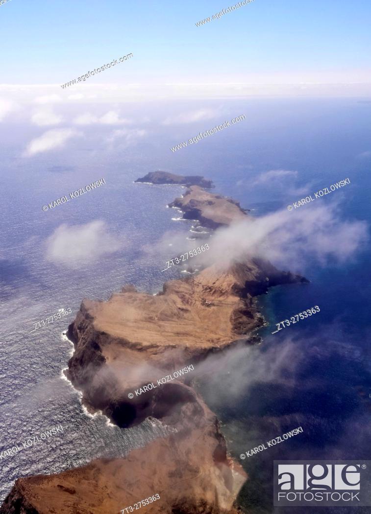 Imagen: Portugal, Madeira, Aerial view of the Ponta de Sao Lourenco. .