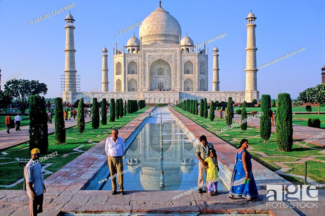 Stock Photo: The Taj Mahal, Agra, Uttar Pradesh State, India.