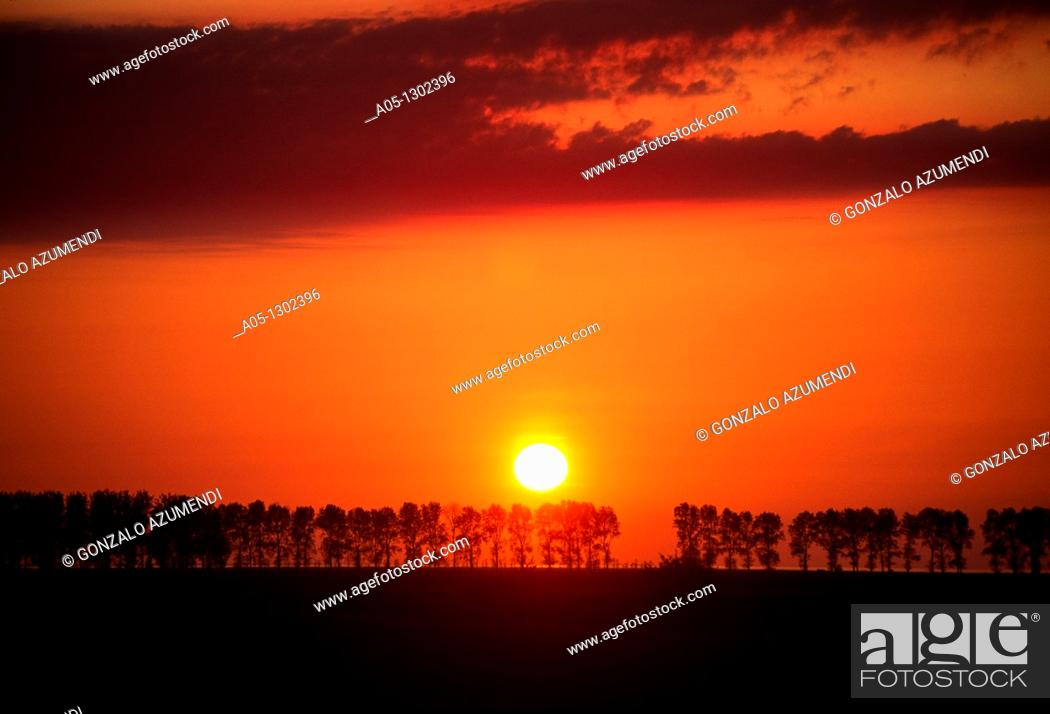 Stock Photo: Sunset in Mont Saint Michel, Manche Department, Basse-Normandie region, Normandy, France, Europe.