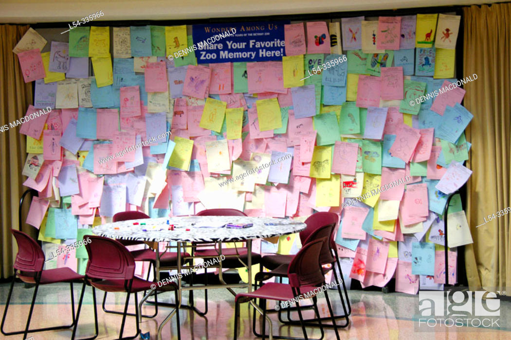 Stock Photo: Bulletin board for people to share their favorite memory while touring the Detroit Zoo.