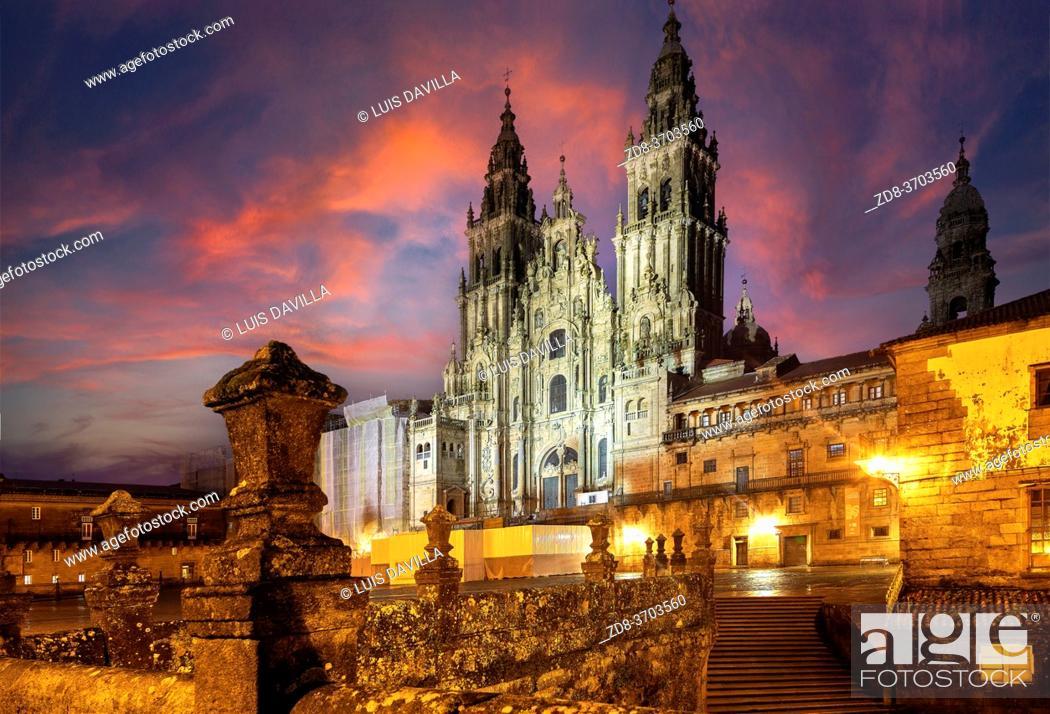 Stock Photo: Cathedral in Obradoiro square. santiago de compostela. galicia. spain.