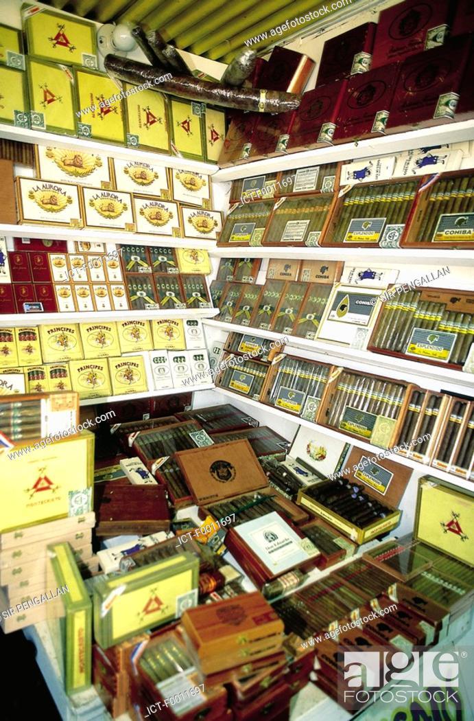 Stock Photo: Domenican Republic, dominican cigar shop.