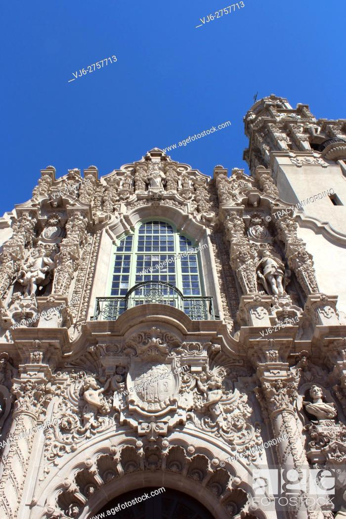 Photo de stock: Close up of sculptured frontispiece of the California Building, San Diego Museum of Man, in Balboa Park, San Diego, California, USA.
