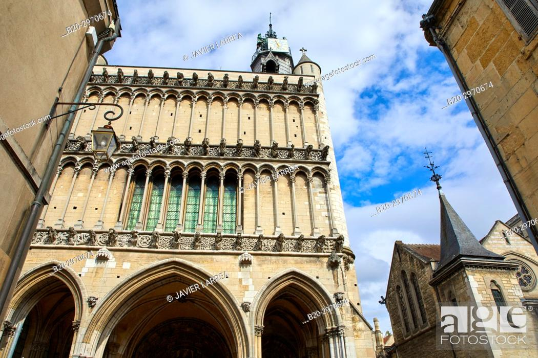 Stock Photo: Notre-Dame church, Dijon, Côte d'Or, Burgundy Region, Bourgogne, France, Europe.