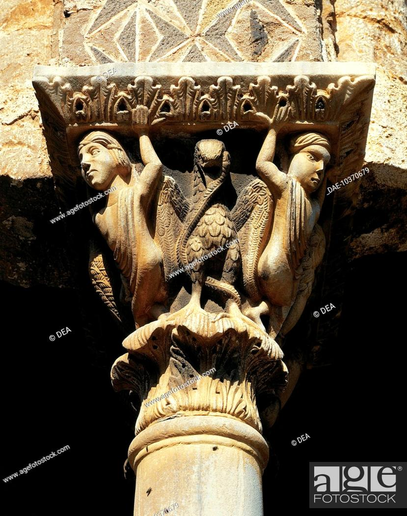 Stock Photo: Detail of a capital, square cloister, Cathedral dedicated to Santa Maria Nuova, Monreale, Sicily. Italy, 12th century.