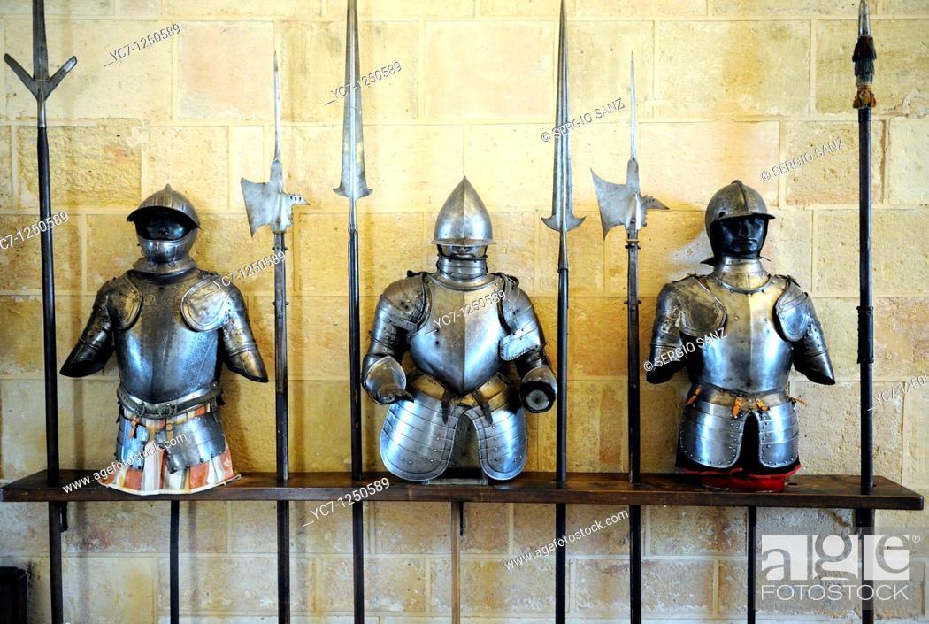Stock Photo: medieval armour,royal artillery school museum,segovia,spain.