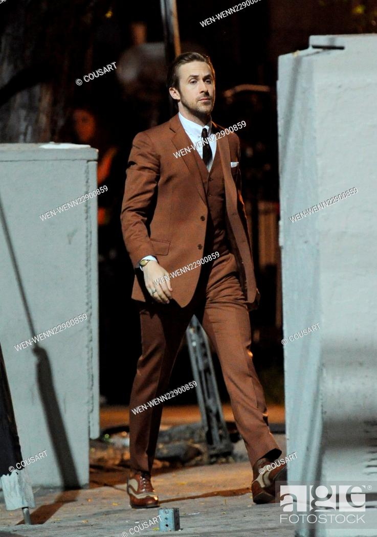 Ryan Gosling Sports A Vintage Brown Suit For A Scene In La La Land Stock Photo Picture And Rights Managed Image Pic Wen Wenn22900859 Agefotostock