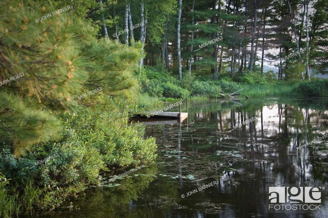 Stock Photo: Quiet cove on Day Lake in the Chequamego-Nicolet National Forest, Wisconsin USA.