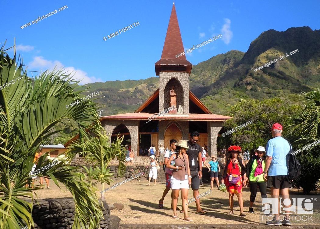 Stock Photo: Roman Catholic church in Vaitahu, Tahuata, Marquesas, French Polynesia.