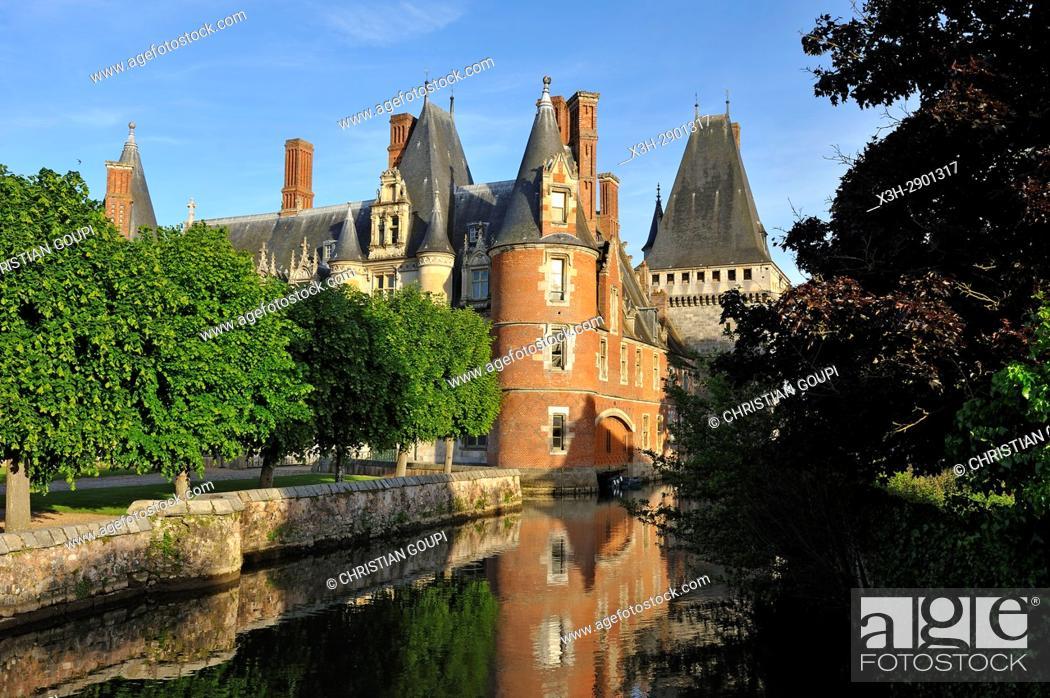 Stock Photo: Chateau de Maintenon by the Eure river, Eure-et-Loir department, Centre-Val de Loire region, France, Europe.
