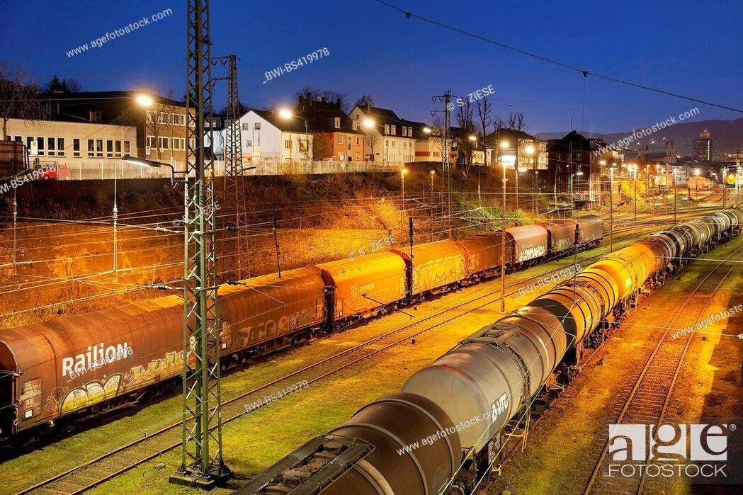 Imagen: switch yard Hagen-Vorhalle, Germany, North Rhine-Westphalia, Ruhr Area, Hagen.