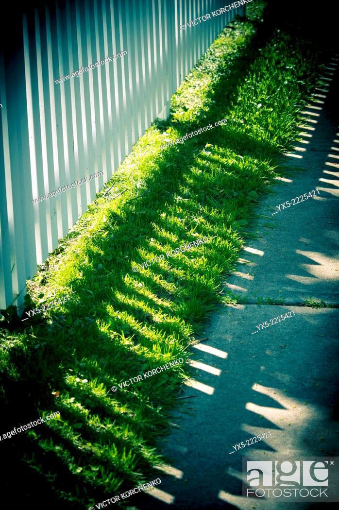 Stock Photo: white fense.