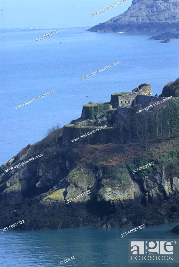 Stock Photo: Channel Islands, Jersey, castle and rockbound coast.