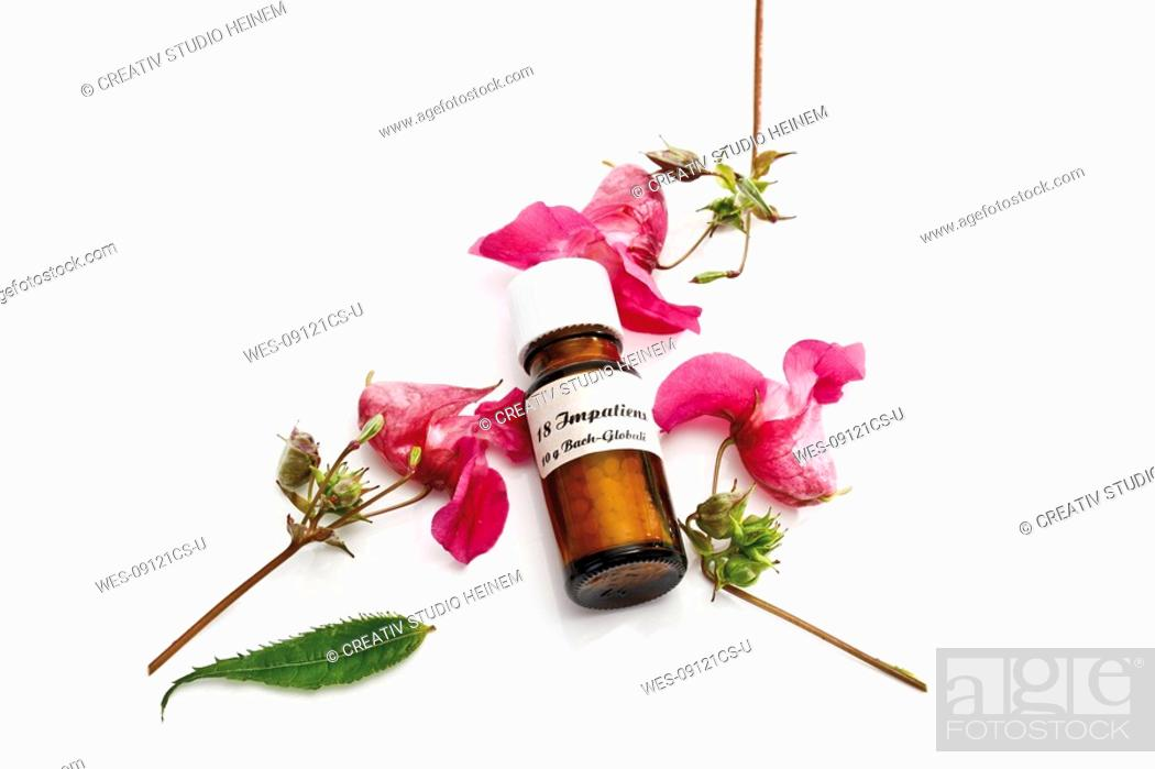 Imagen: Bottle with Bach Flower Stock Remedy, Impatiens.
