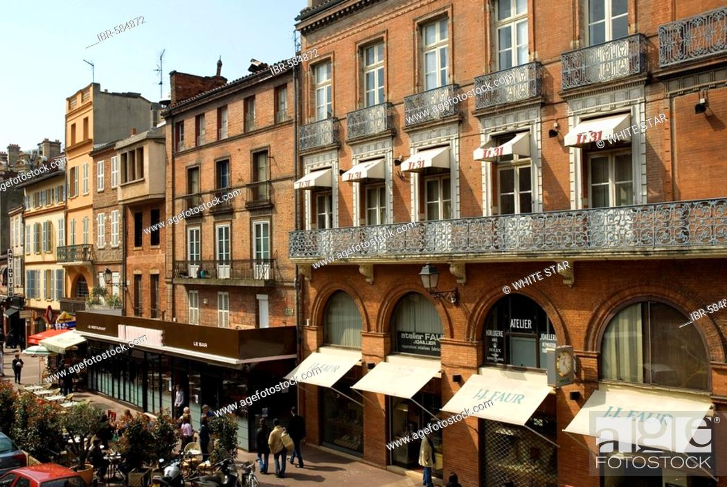 Stock Photo: Street at the market hall, old part of town, Toulouse, Midi-Pyrenees, Haut-Garonne, France.