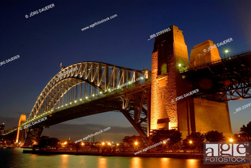 Stock Photo: Sydney Harbour Bridge at night, Sydney, New South Wales, Australia.