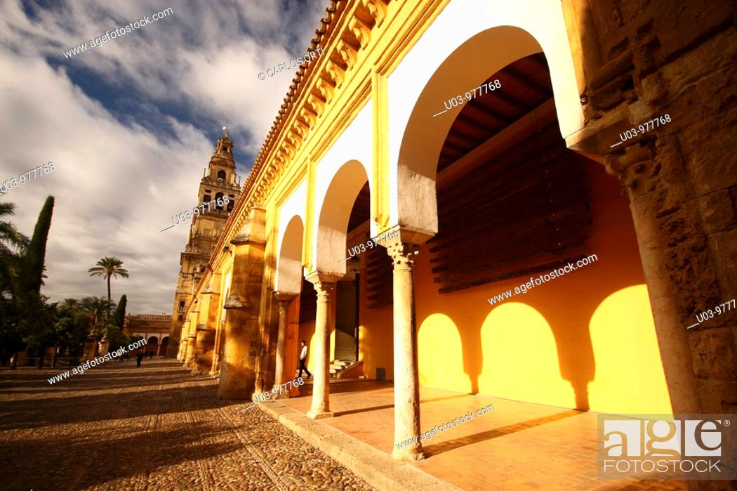 Stock Photo: Mosque-Cathedral Square, Córdoba, Andalucía, Spain.