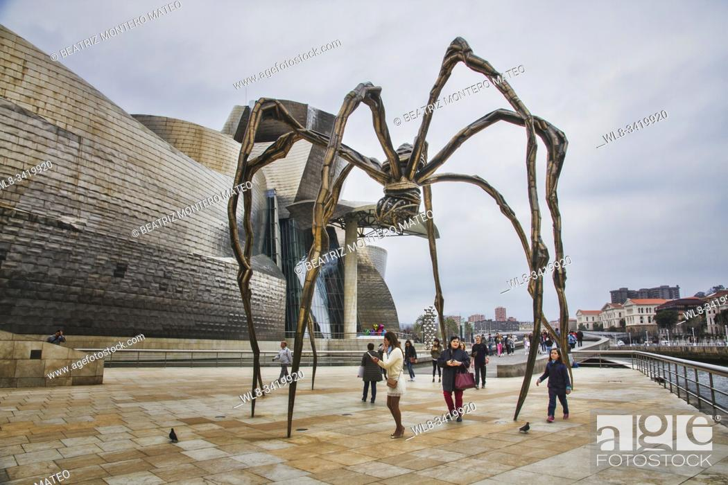 Stock Photo: Sculpture MAMA in Guggenheim Museum in Bilbao (Basque Country, Spain) on a cloudy day.