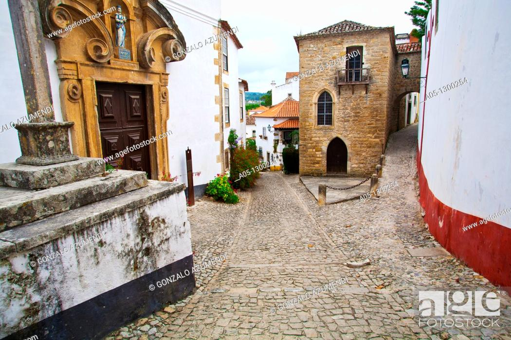 Stock Photo: Portugal, Estremadura, Obidos. Alleyway in old town.