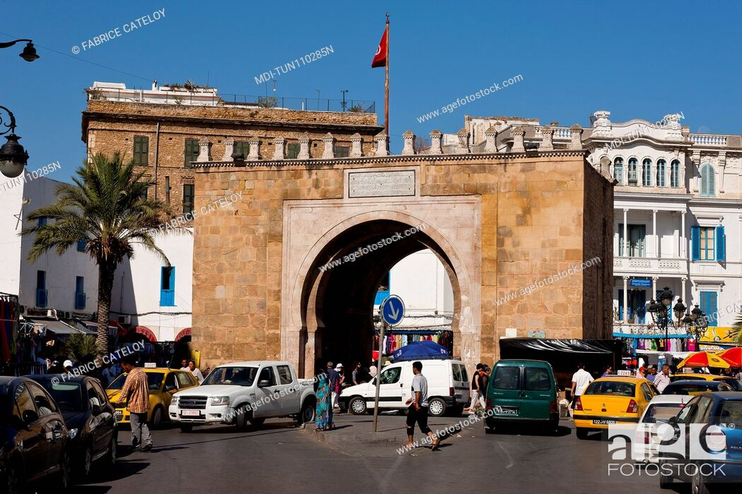 Stock Photo: Tunisia - Tunis - Porte de France or Bab Bhar, place de la Victoire, at the entry of the medina.