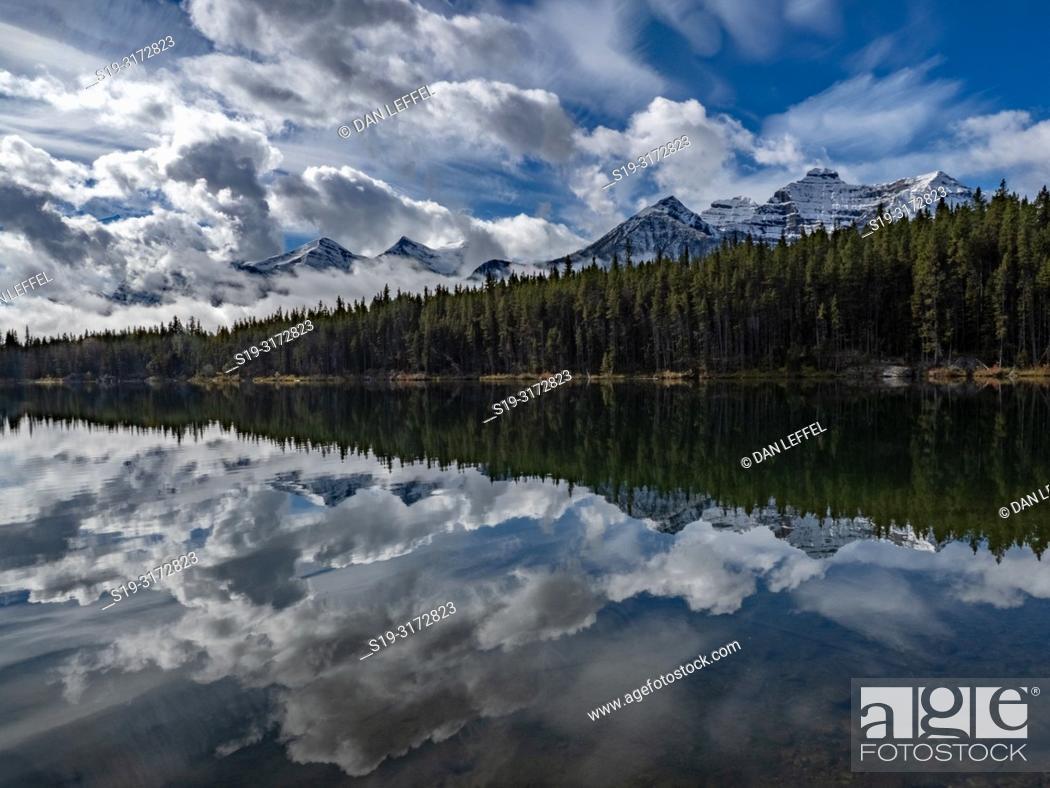 Stock Photo: Canadian Rockies. Herbert Lake.