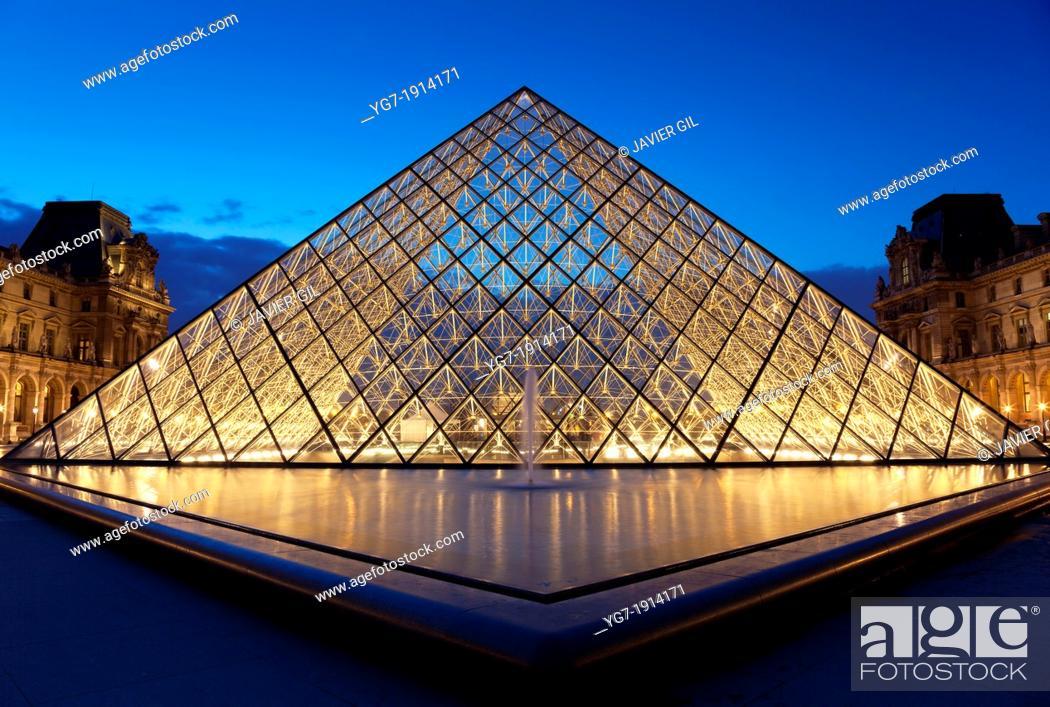Stock Photo: Louvre museum, Paris, Ile de France, France.