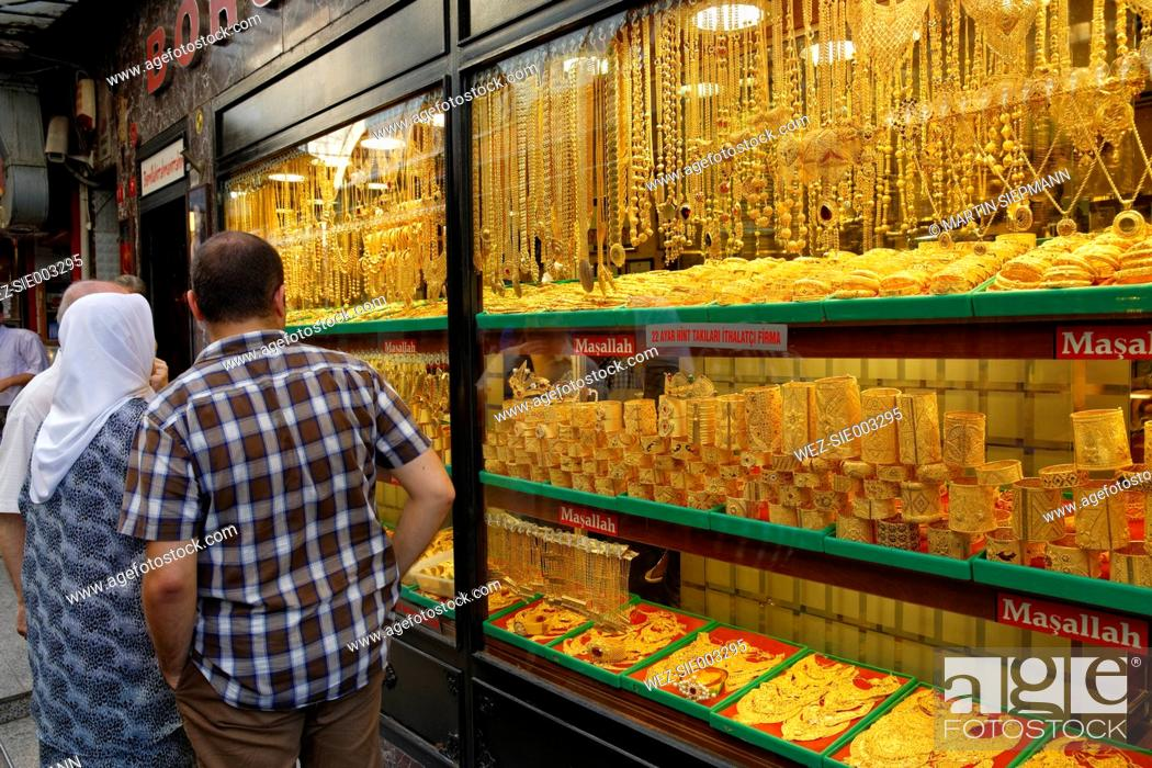 Turkey Istanbul Gold jewellery store at Grand Bazaar Stock Photo