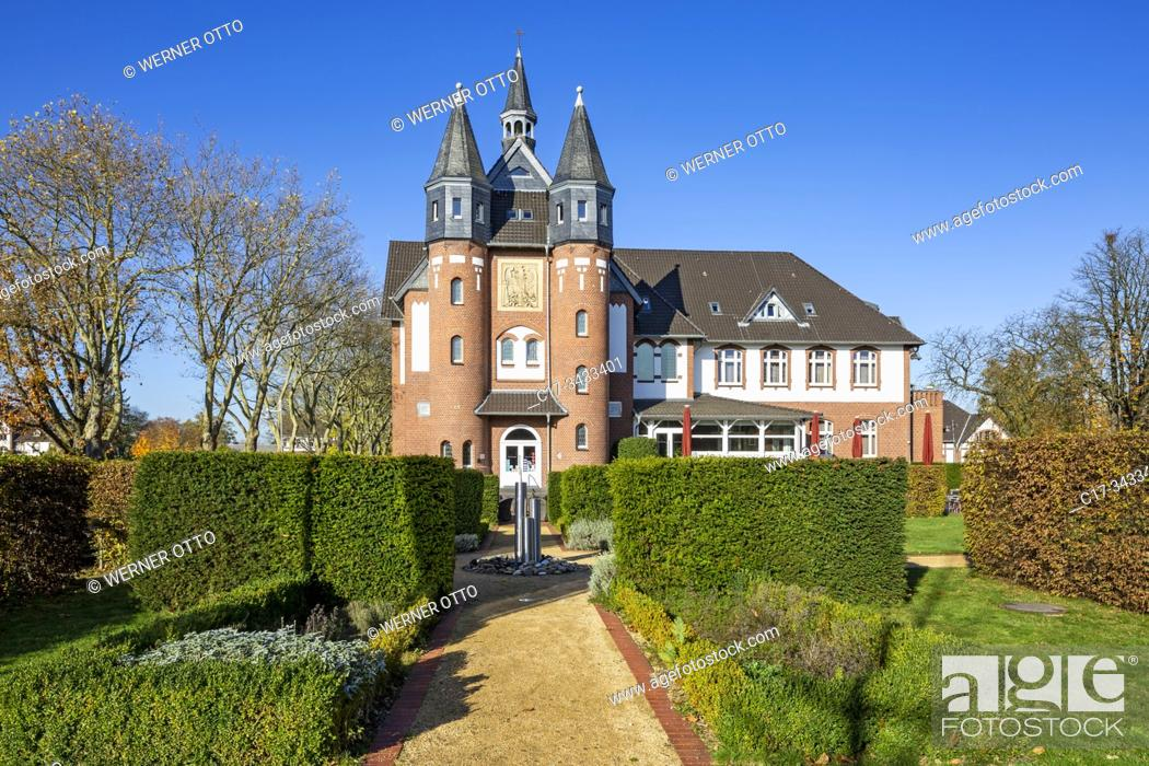 Imagen: Moenchengladbach, D-Moenchengladbach, Niers, Lower Rhine, Rhineland, North Rhine-Westphalia, NRW, Palace St George, hotel and restaurant, DEHOGA Academy.