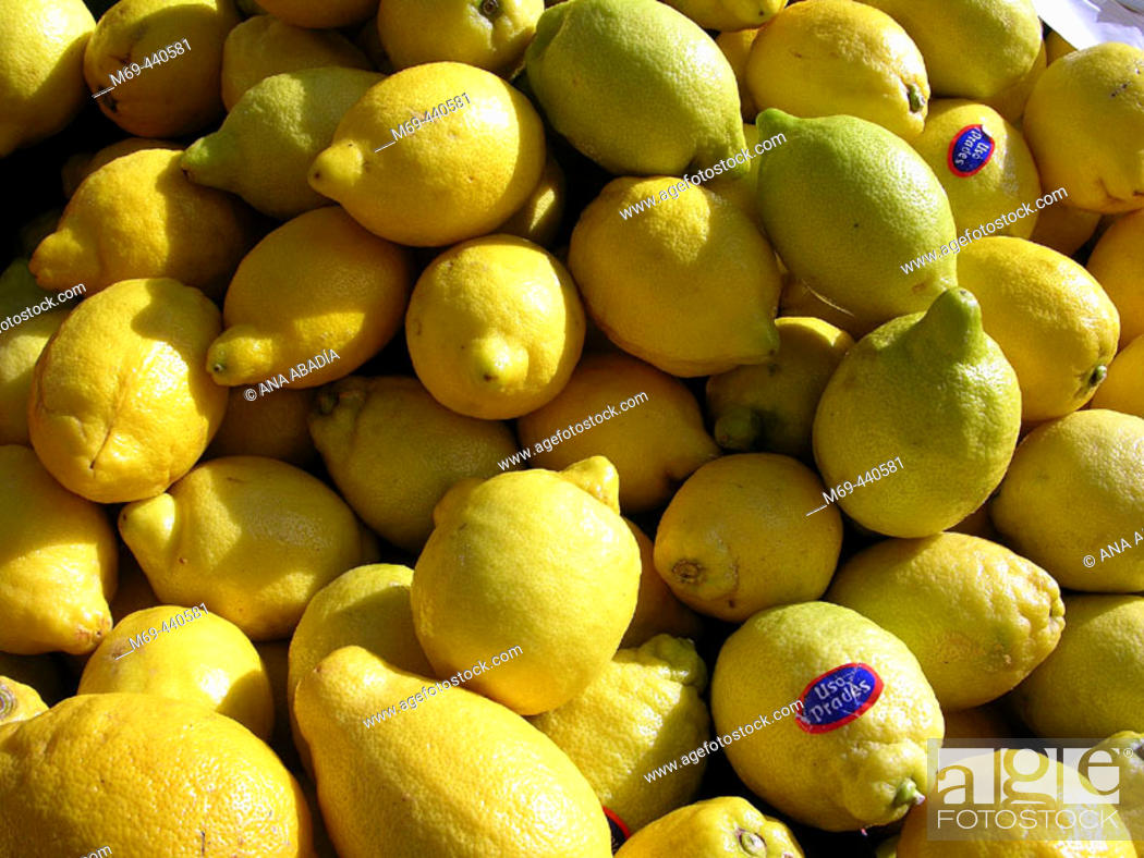 Stock Photo: Lemons for sale in market. Camprodon. Girona province, Catalonia. Spain.