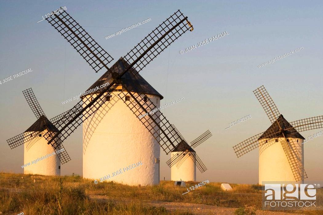 Stock Photo: Molinos de viento Campo de Criptana, provincia de Ciudad Real, Castilla la Mancha, Spain Ruta de Don Quijote.