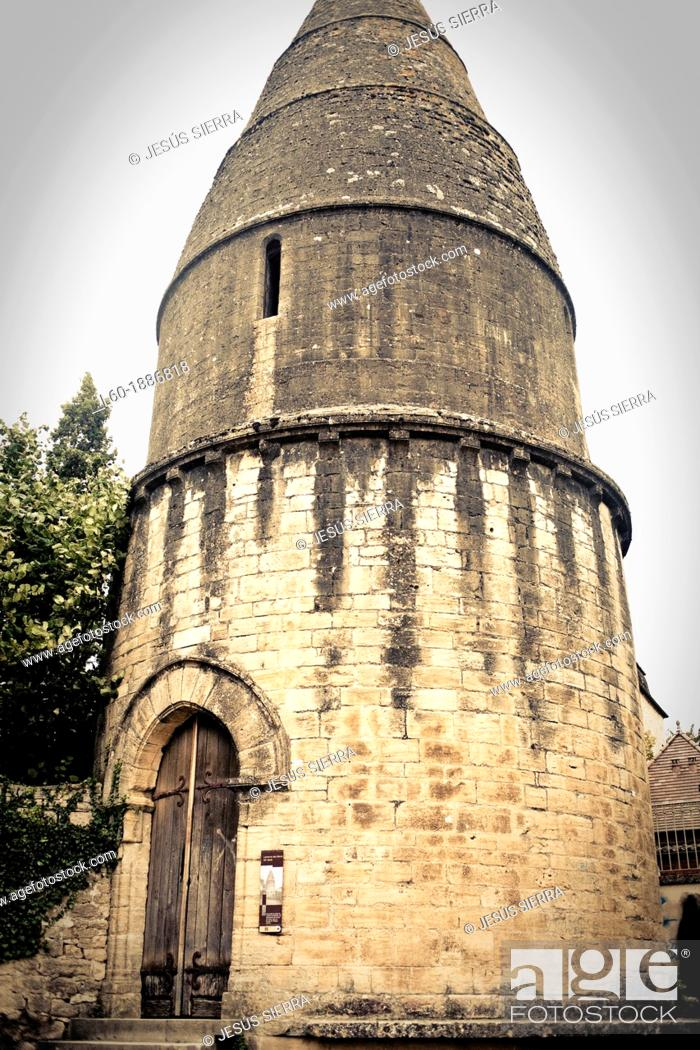 Stock Photo: Lantern of the Dead, Lanterne des Morts, 12th century funeral chapel Dordogne, Perigord Noir, Dordogne Valley, Sarlat la Caneda, France, Europe.
