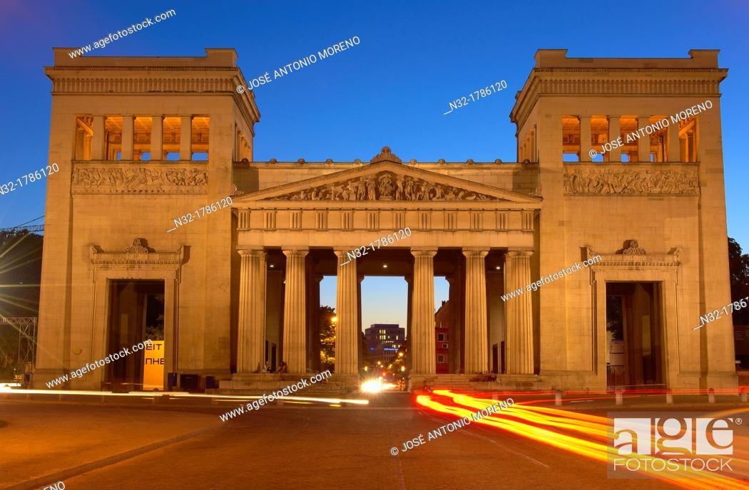Stock Photo: Munich, Propyläen, Koenigsplatz, King's Square, Bavaria, Germany.