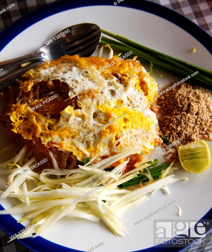Stock Photo: Vermicelli noodle, mung bean noodles with fried egg , thai street food, bangkok, thailand.