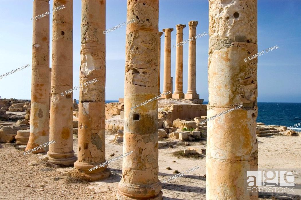 Stock Photo: Isis temple in Sabrata, Libyen.