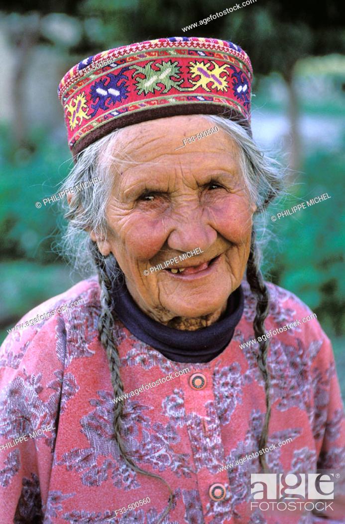 Stock Photo: Hunza woman, Hunza Valley. Northern Areas (aka Gilgit-Baltistan), Pakistan.