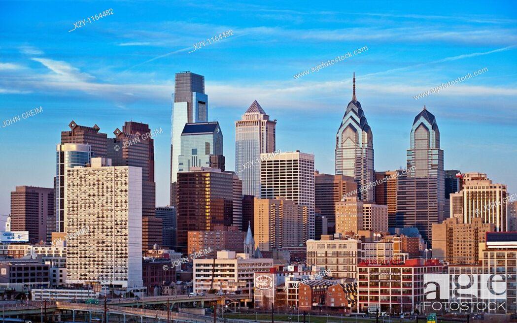 Stock Photo: Philadelphia skyline, Pennsylvania, USA.