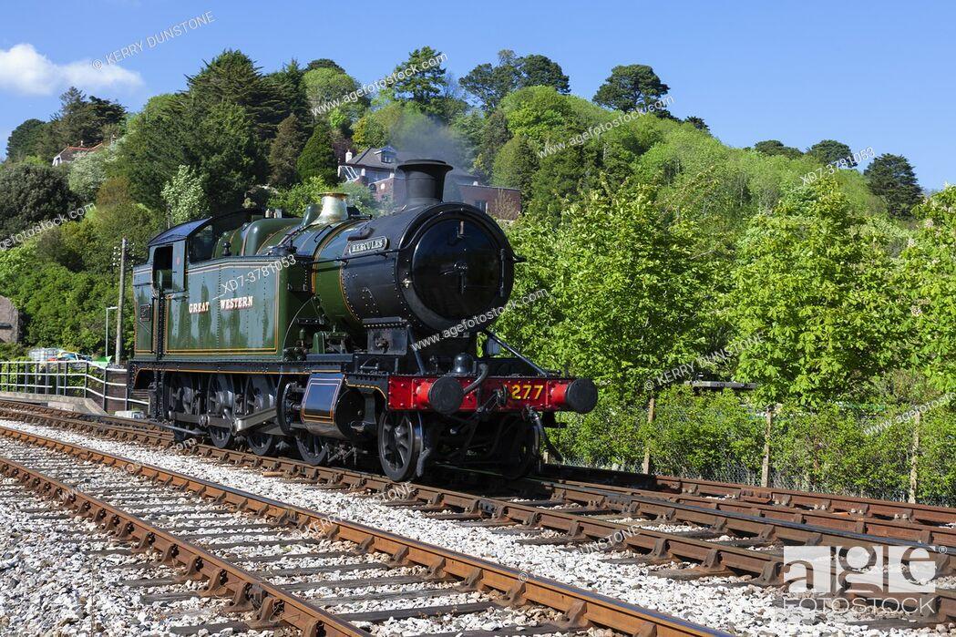 Imagen: England, Devon, GWR Steam Locomotive No. 4277 'Hercules' at Kingswear Station on the Dartmouth Steam Railway.