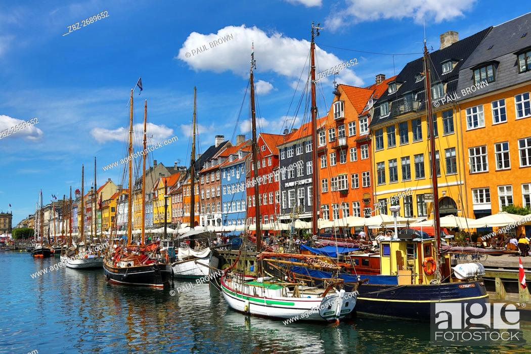 Stock Photo: Coloured houses and boats at Nyhavn Quay in Copenhagen, Denmark.