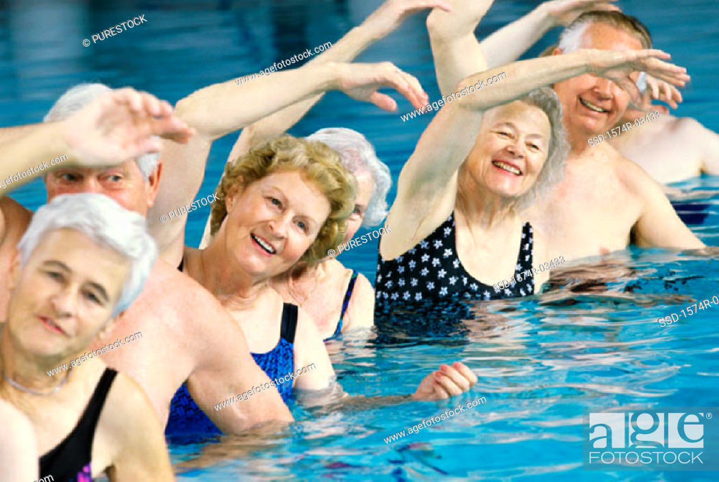 Water aerobics couples pictures — img 12